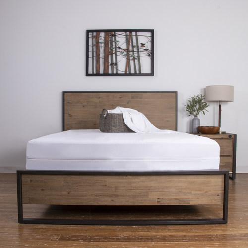The Brooklyn Bedding Mattress Encasement is designed to offer 360º protection against all types of fluids, dust mites, bed bugs and bacteria to create a healthier sleep experience. It is among several new offerings in the Brooklyn Bedding portfolio of affordable luxury products to include the Brooklyn Aurora and Brooklyn Signature hybrid mattresses.