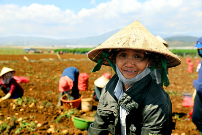 A Vietnamese potato farmer. Nearly 80 percent of PepsiCo's directly sourced crops globally came from farmers engaged through the company's Sustainable Farming Program, which aims to optimize economic, social and environmental on-farm practices and outcomes. This number has more than doubled from 34 percent at the end of 2016 and it represents over 40,000 growers in 38 countries.