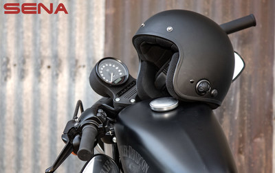 The Savage is a Bluetooth enables 3/4 motorcycle helmet allowing riders to chat with up to 3 other riders via built-in intercom, or pair a smartphone to listen to music, GPS, take calls and more.
