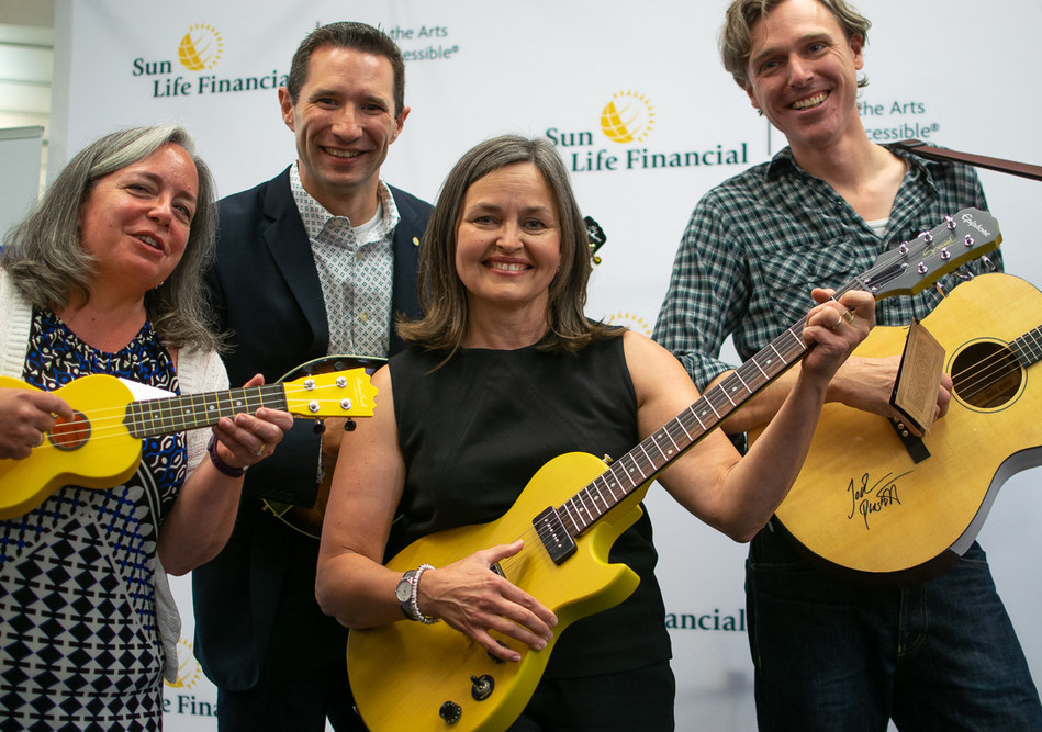 Sun Life Financial and Joel Plaskett launch the Sun Life Financial Musical Instrument Lending Library program at the Halifax Public Libraries. (CNW Group/Sun Life Financial Canada)