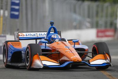 Dixon y Honda ganan en Toronto