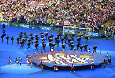 Vivo joined the FIFA World Cup Official Song 'Live it Up' performance by Nicky Jam, featuring Will Smith and Era Istrefi before the final match. Photo credit: Vivo