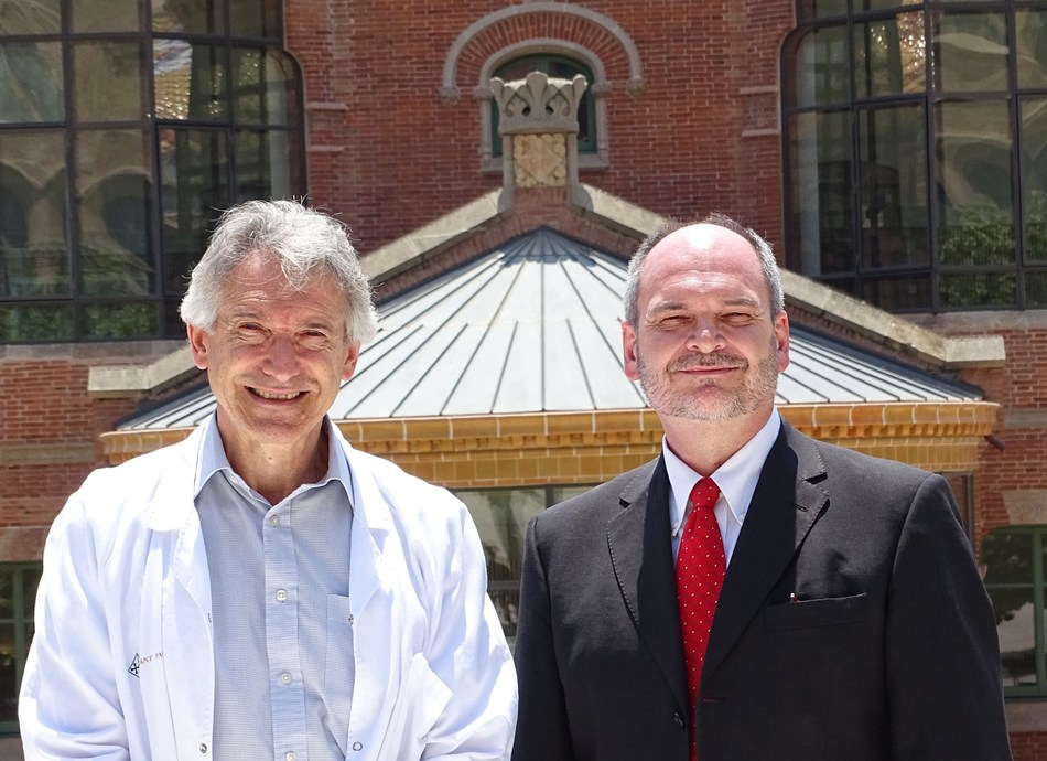 Dr. Jaume Kulisevsky (Principal Investigator) and Dr. Raúl Insa (SOM Biotech CEO) at the Hospital de la Santa Creu i Sant Pau in Barcelona, Spain