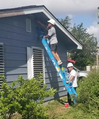 TeamCITGO volunteers repairing Aransas County Habitat for Humanity homes.