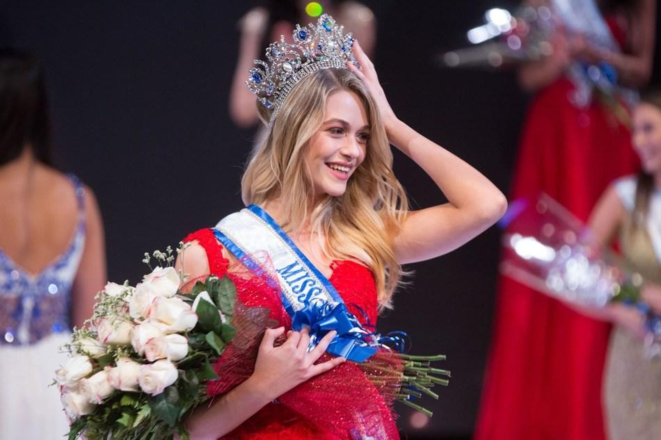 Miss World Canada 2017 (CNW Group/MTC-W Inc.)