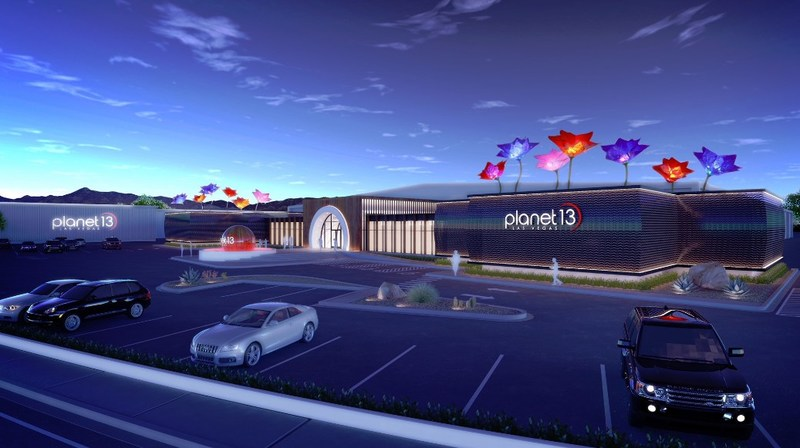 Planet 13 Superstore (CNW Group/Planet 13)