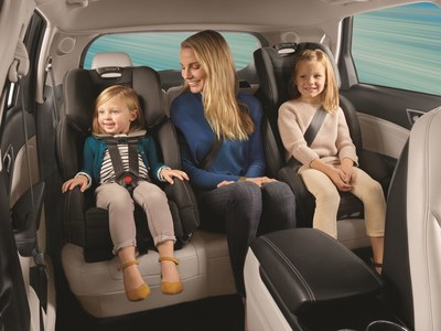 Baby Jogger® Expands Car Seat Line With Introduction Of The City View™ Space Saving All-In-One Car Seat