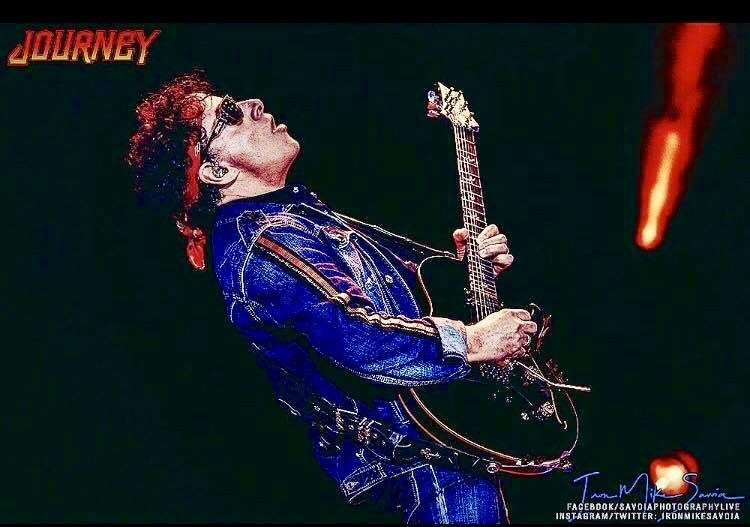 Neal Schon Performs with Journey on the Journey & Def Leppard 2018 Tour