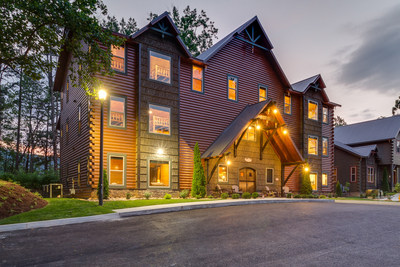 Cherokee Orchard will feature eight large cabins with up to 20 bedrooms each, located within walking distance of Downtown Gatlinburg.