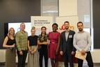 Le jury et l'équipe gagnante du camp J'entreprends mon été 2018 (Groupe CNW/Jeune Chambre de commerce de Montréal)