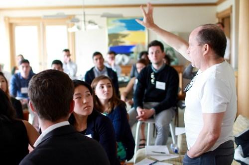 Michael Loeb addresses students at Internatopia