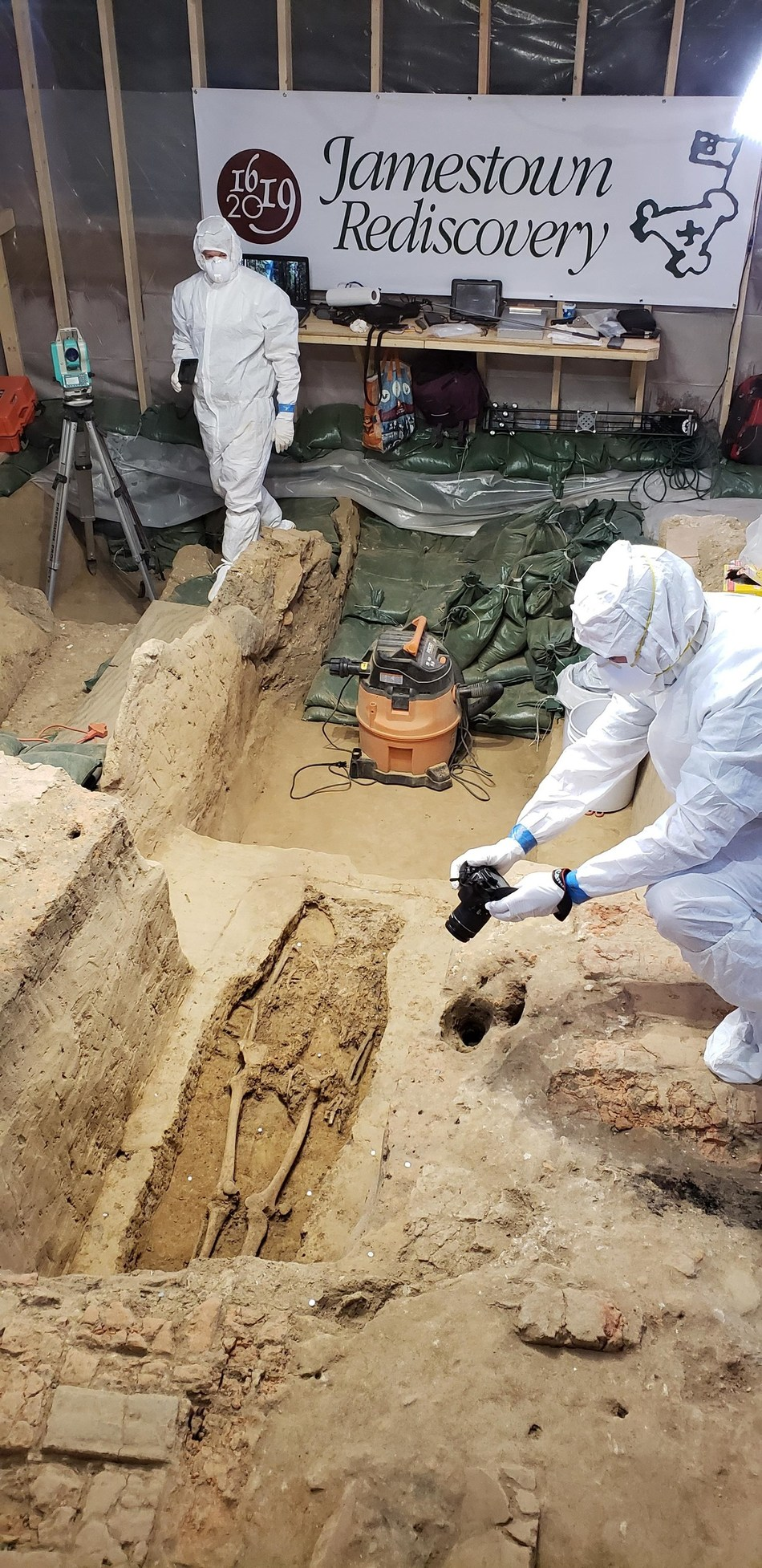 Archaeologists at Jamestown Rediscovery announced the discovery of 400-year-old human remains at the site of the Jamestown 1617 church. Photo by Jamestown Rediscovery