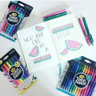 Bullet journal expert @alexandra_plans adds artistic elements to her bullet journal with Crayola Take Note!