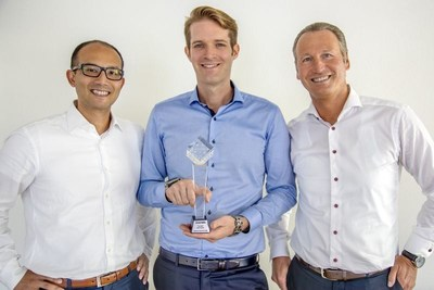 "The Swiss startup Unity Investment, based in Altendorf SZ, received the award for the best project in the field ""Initial Coin Offering"". The Team of Unity Investment left to right: Richard Kobler (Senior Manager, Analysis & Strategy), Sean Prescott (Founding Partner & CEO), Alex Fancelli (Founding Partner & CFO). Copyright: Christian Iten"