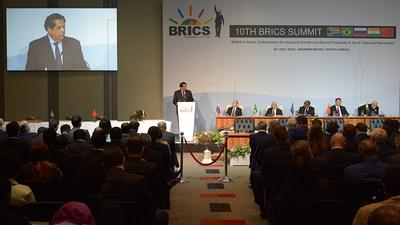 Presidente do NDB apresenta relatório aos cinco líderes do BRICS