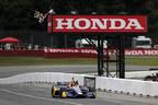 Rossi domina el Honda Indy 200