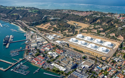 Burns & McDonnell designed a similar project at Point Loma NAVSUP FLC San Diego, where eight new storage tanks occupy a smaller site than the tanks they replaced, while maintaining a storage capacity of 1 million barrels.Photo credit: Nova-UCCo