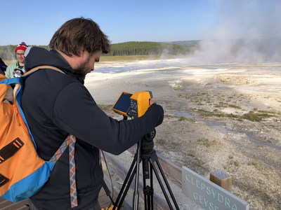 Fluke TiX580 Infrared Camera provides the 'bigger picture' for YELLOWSTONE LIVE on the National Geographic