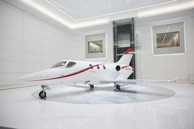 The first HondaJet Elite delivery features a corporate paint scheme, which can be chosen by both business and personal users of the aircraft.