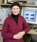Top scoring scientist for the LLSC's 2018 New Idea Award is Dr. Dixie Mager in her lab at the BC Cancer Agency. (CNW Group/The Leukemia & Lymphoma Society of Canada)