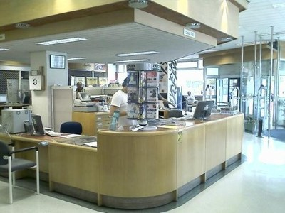 D-Tech has provided self-service units and StaffPads to allow Lewisham Libraries to provide its clientele with the option of checking items in and out themselves or via a member of staff (PRNewsfoto/D-Tech International)