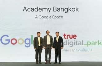 From left: Thanasorn Jaidee, President of True Digital Park; Ben King, Country Director, Google Thailand, and Dr. Kittinut Tikawan, President (Co) of True Corporation Plc during the announcement of Google and True Digital Park partnership. (PRNewsfoto/True Digital Park)