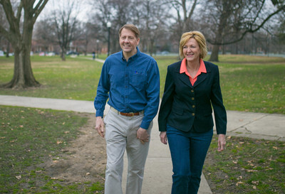 The American Federation of Government Employees, the nation's largest union representing federal workers, has announced its endorsement of Richard Cordray and Betty Sutton for governor and lieutenant governor of Ohio in the November election.
