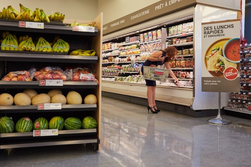 Busy customers are now able to quickly and easily pick up the healthy foods they need for their breakfast, lunch or supper at Pharmaprix. (CNW Group/Shoppers Drug Mart Corporation)