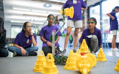 A VEX Robotics Girl Powered Workshop at Google