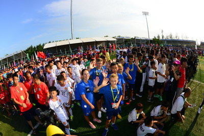 Football boys from all over the world play together in Shenyang