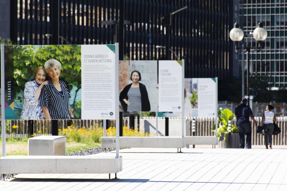 Exposition Citoyennes inspirantes sur la place des Montréalaises (Groupe CNW/Ville de Montréal - Arrondissement de Ville-Marie)