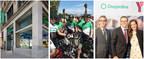 UN GROUPE PRÉSENT ET ENGAGÉ. Parmi les réalisations du deuxième trimestre, signalons l'inauguration de l'œuvre de l'artiste Daniel Iregui à notre nouveau centre de services Desjardins - Montréal Centre-ville, notre participation au Grand Défi Pierre Lavoie et notre contribution à la campagne de financement des YMCA du Québec. (Groupe CNW/Mouvement Desjardins)