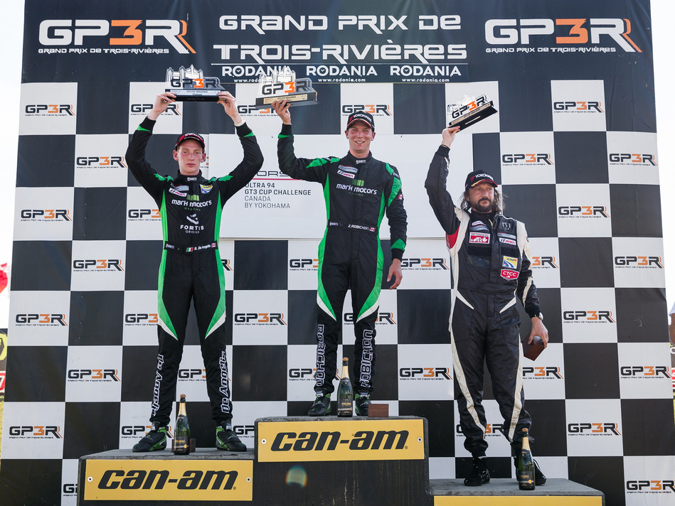 Zacharie Robichon, driver of the No. 98 Mark Motors Racing Porsche placed first on Saturday at the GP3R race of the Porsche GT3 Cup Challenge Canada. His teammate, Roman De Angelis finished in second, while Étienne Borgeat finished third overall and first in the Platinum Masters. (CNW Group/Porsche Cars Canada)