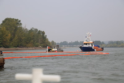 Musqueam Responds to Fuel Spill on Fraser River (CNW Group/Musqueam Indian Band)