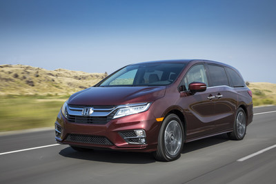 2019 Honda Odyssey is Top Minivan in IIHS Passenger-Side Small Overlap and LATCH Testing (PRNewsfoto/American Honda Motor Co. Inc.)