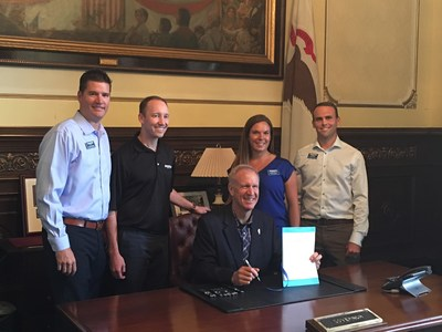 Gov. Rauner signed into law a bill that eliminates the requirement for patients to obtain a doctor's prescription prior to seeking treatment from a licensed physical therapist. Members of the Illinois Physical Therapy Association, including Athletico physical therapists and Athletico vice president of clinical operations Kevin Richardson, were on hand to celebrate the milestone.