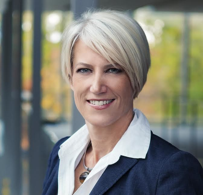 Kelly Peters, BEworks co-founder and CEO, is a keynote speaker at the Summit for Science in Financial Services, hosted by BEworks on September 17 in Toronto, Canada. (CNW Group/BEworks Inc.)