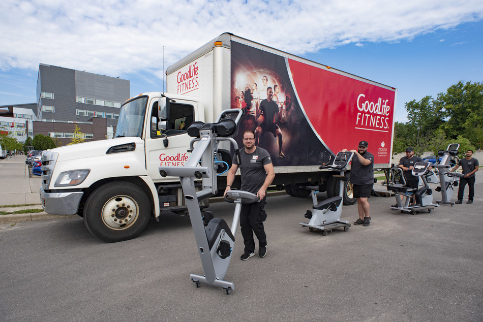 GoodLife Fitness Club Services Associates deliver fitness equipment to Toronto Rehab's Rumsey Centre this week. GoodLife donated 40 pieces of new fitness equipment to the Rumsey Centre and Toronto Western Hospital as part of their ongoing support of the Peter Munk Cardiac Centre's Cardiac Prevention and Rehabilitation Program at UHN, which helps more than 2,500 patients connect with physical activity as part of their continuum of care. (CNW Group/GoodLife Fitness)