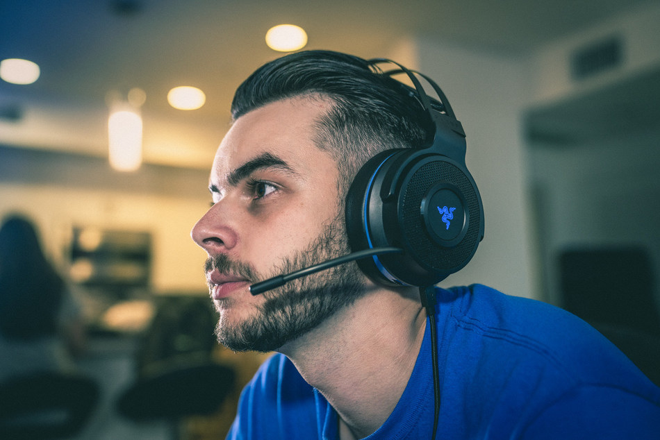 Razer Unveils New PlayStation 4 Wireless Lineup With