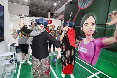 KT's 5G Zone at the main sports venue in Jakarta, hosted in cooperation with leading Indonesian telecommunications company Telkomsel, provides cutting-edge experience for visitors to the multi-sport event.