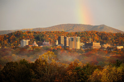 Asheville, N.C. and the Blue Ridge Mountains – an area known for one of the longest and most colorful fall foliage seasons in the world – head into autumn with favorable conditions for a colorful fall and fresh adventures for travelers including the