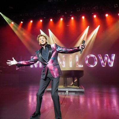 Barry Manilow Extends Run at Westgate Las Vegas Resort & Casino Thru 2019