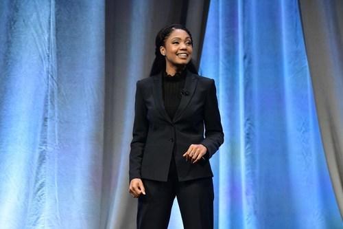 Ramona J. Smith, 2018 Toastmasters World Champion of Public Speaking