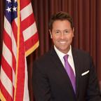 CTIA Presents Pensacola Mayor Ashton Hayward With 5G Wireless Champion Award
