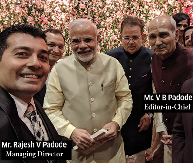 Mr. Padode meets Prime Minister of India, Mr. Narendra Modi at family function (PRNewsfoto/DSIJ Pvt. Ltd.)