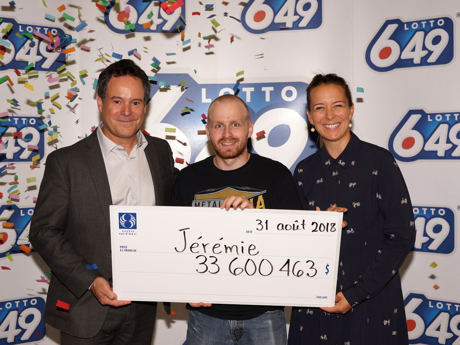 Jérémie Gagnon, un jeune résident du Bas-Saint-Laurent, a eu l'immense bonheur de remporter le gros lot de 33 600 463 $ au tirage du Lotto 6/49 du 29 août. (Groupe CNW/Loto-Québec)