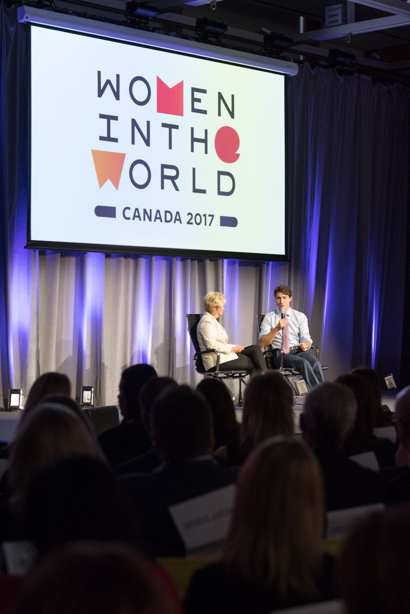 Prime Minister Trudeau and Tina Brown in discussion at the inaugural Women in the World Canada Summit in 2017 (CNW Group/Women in the World)