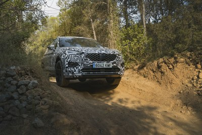The SEAT Tarraco has been designed to successfully tackle lateral tilts of 85% (PRNewsfoto/SEAT)