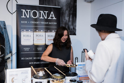 NONA Vegan Foods served up their rich + creamy dairy free sauces for guests to enjoy at the September 2017 Vegan Social Events Pop-Up in Toronto. (Photo by: 135mm Photography) (CNW Group/Vegan Social Events)