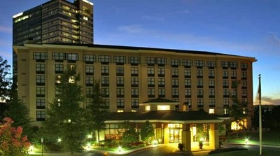 Noble Investment Group today announced the acquisition of the Hilton Garden Inn Atlanta Perimeter Center and will complete a comprehensive guest room and public area upgrade and renovation.